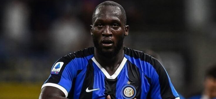 In the second round match of the Italian Serie A between Cagliari and Inter ,the new forward of Nerazzurri Romelu Lukaku was met with insults