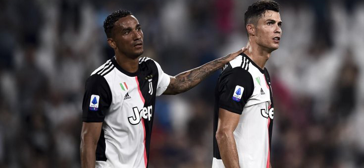 Juventus' right defender Danilo gave a short interview, in which he demonstrated his attitude towards Cristiano Ronaldo