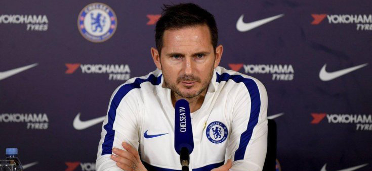 Lampard tries to steer clear with critique