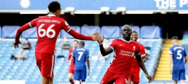 Liverpool and Manchester United do not stop reforms