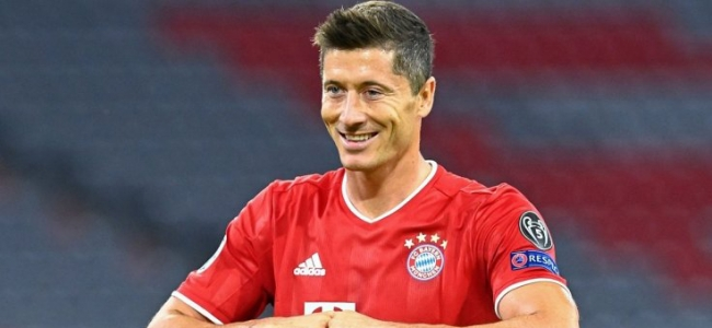 Lewandowski catches up with Raul