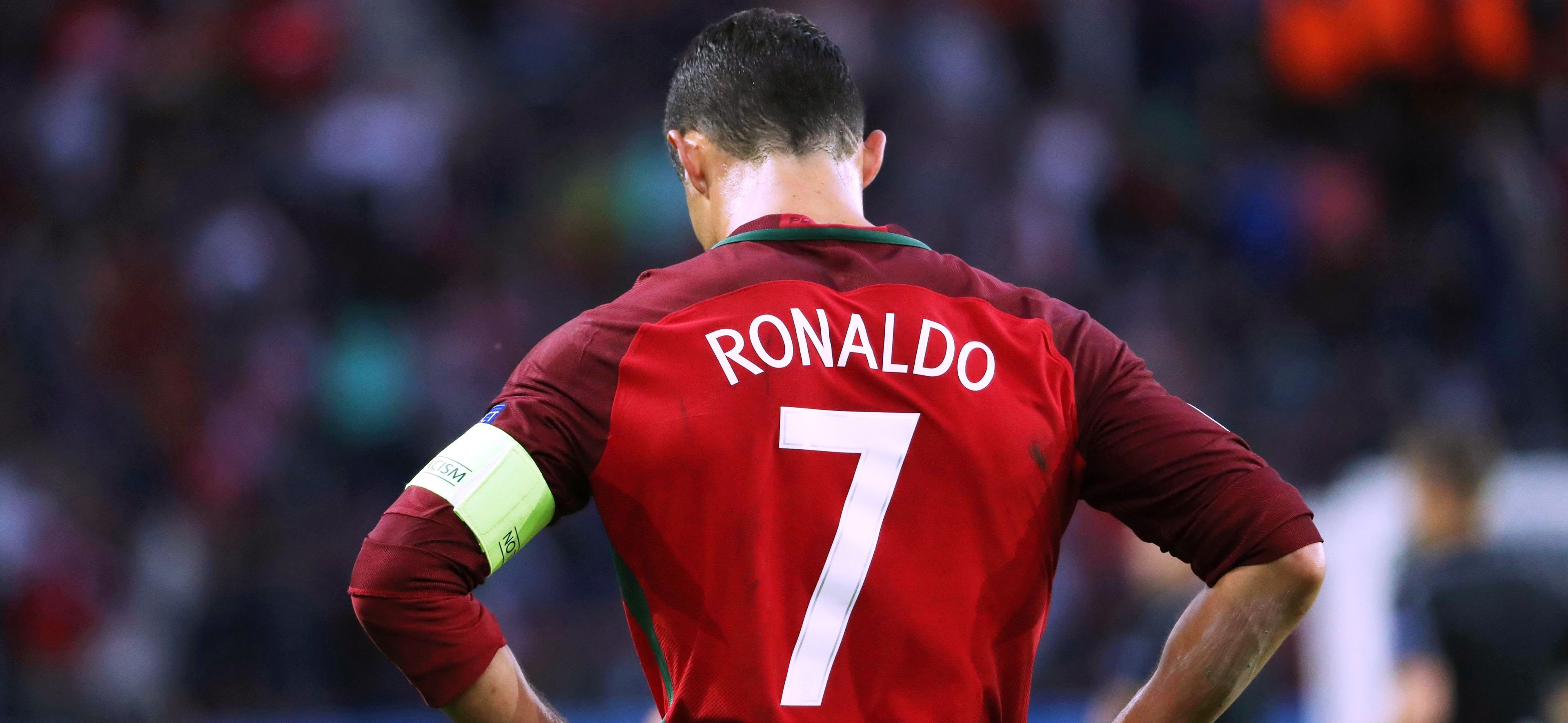 Juventus Turin's forward Cristiano Ronaldo followed in footsteps of Lionel Messi and suspended his performance for the national team in 2018, O Jogo newspaper reports